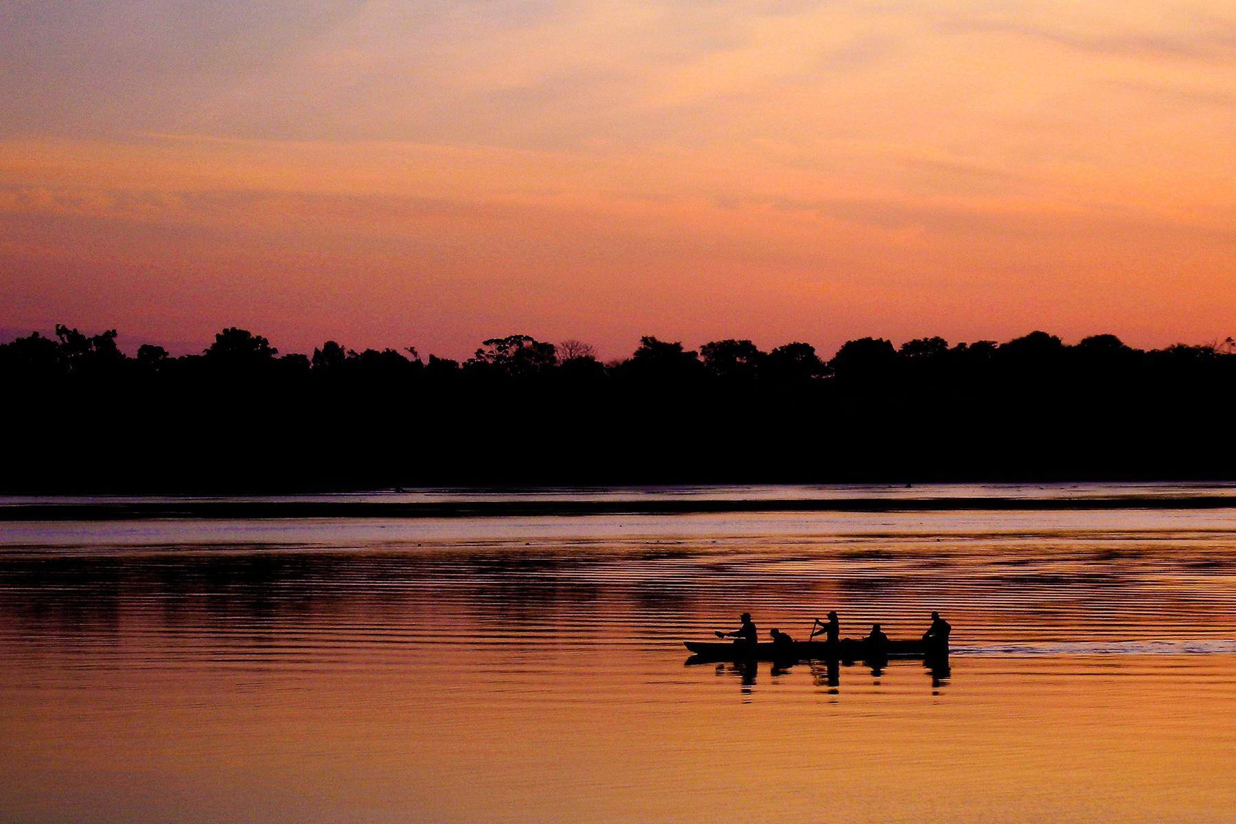 amazon-canoe